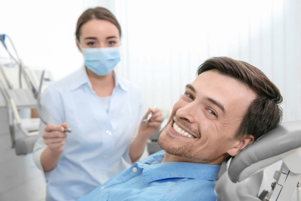 What Is The Difference Between Teeth Whitening And Teeth Bleaching?